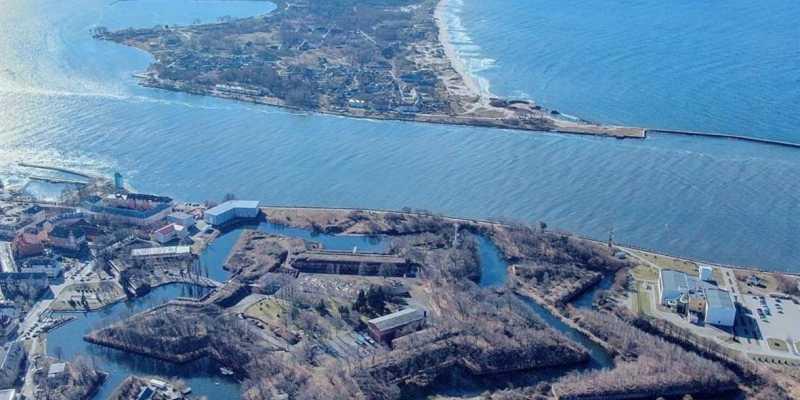 Балтийск и Балтийская коса - сердце Балтфлота. Крепость Пиллау с высоты птичьего полета
