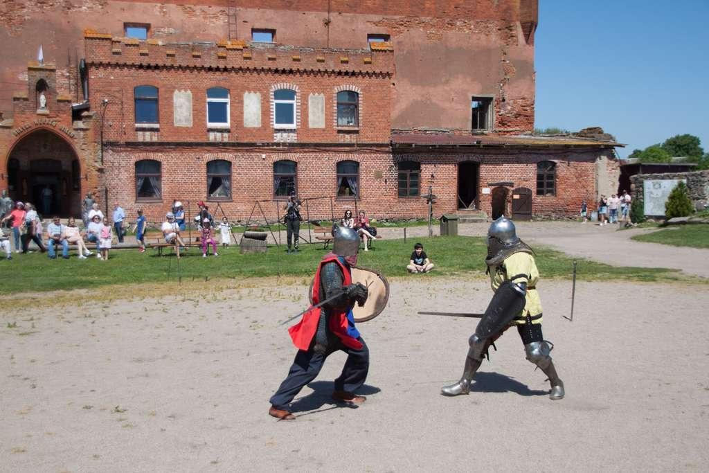 Рыцарский турнир в замке Шаакен