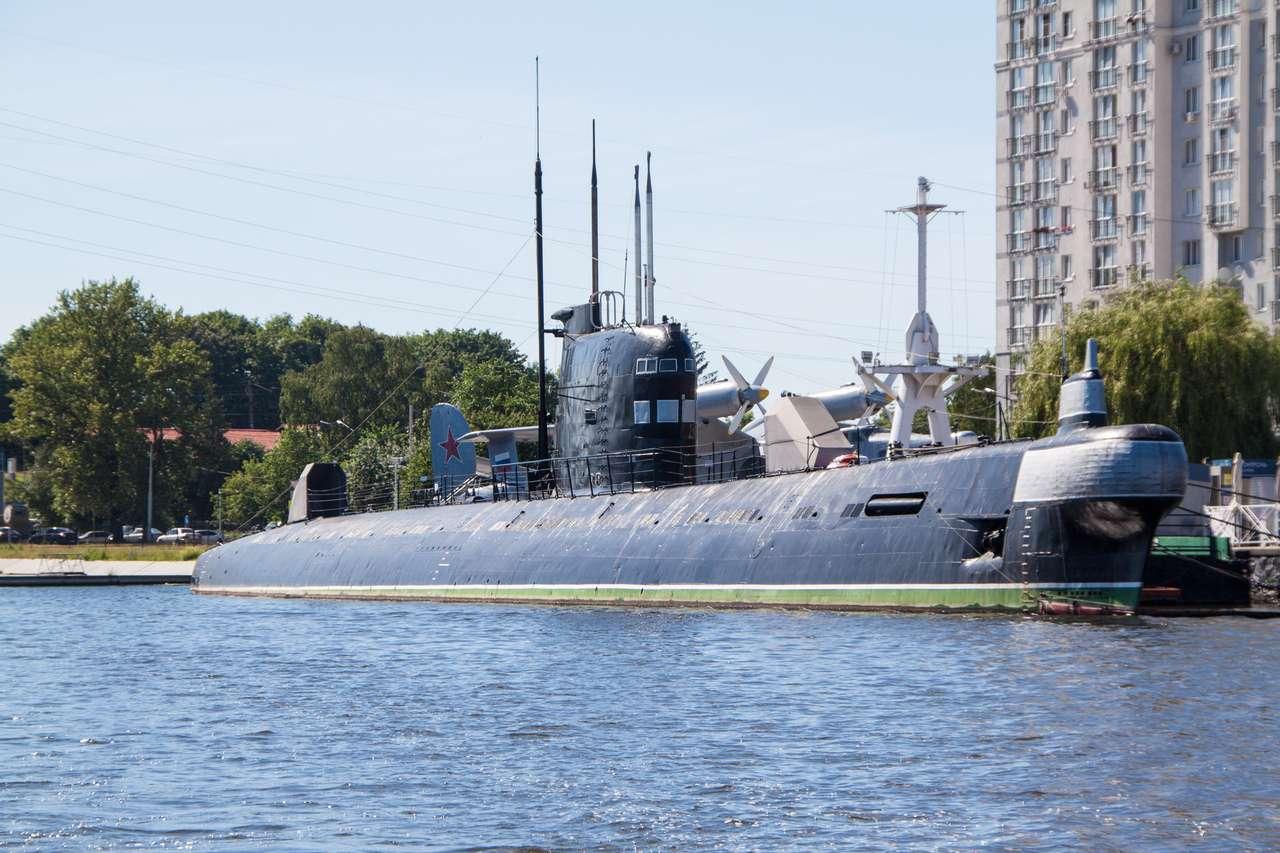 Водная экскурсия Калининград. Подводная лодка Б-413